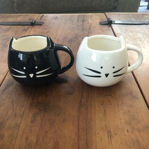 Set of 2: Black and White Cat mugs